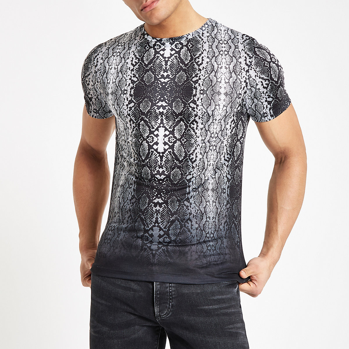 Black snake print fade slim fit T-shirt
