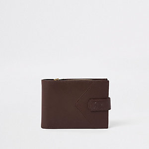 Brown leather chevron RI wallet