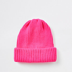 Bonnet pêcheur en maille rose fluo