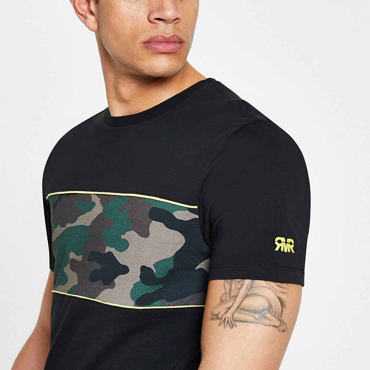 Black slim fit camo blocked T-shirt
