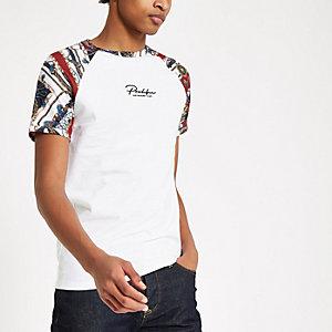 Wit aansluitend T-shirt met raglanmouwen en 'Prolific'-print