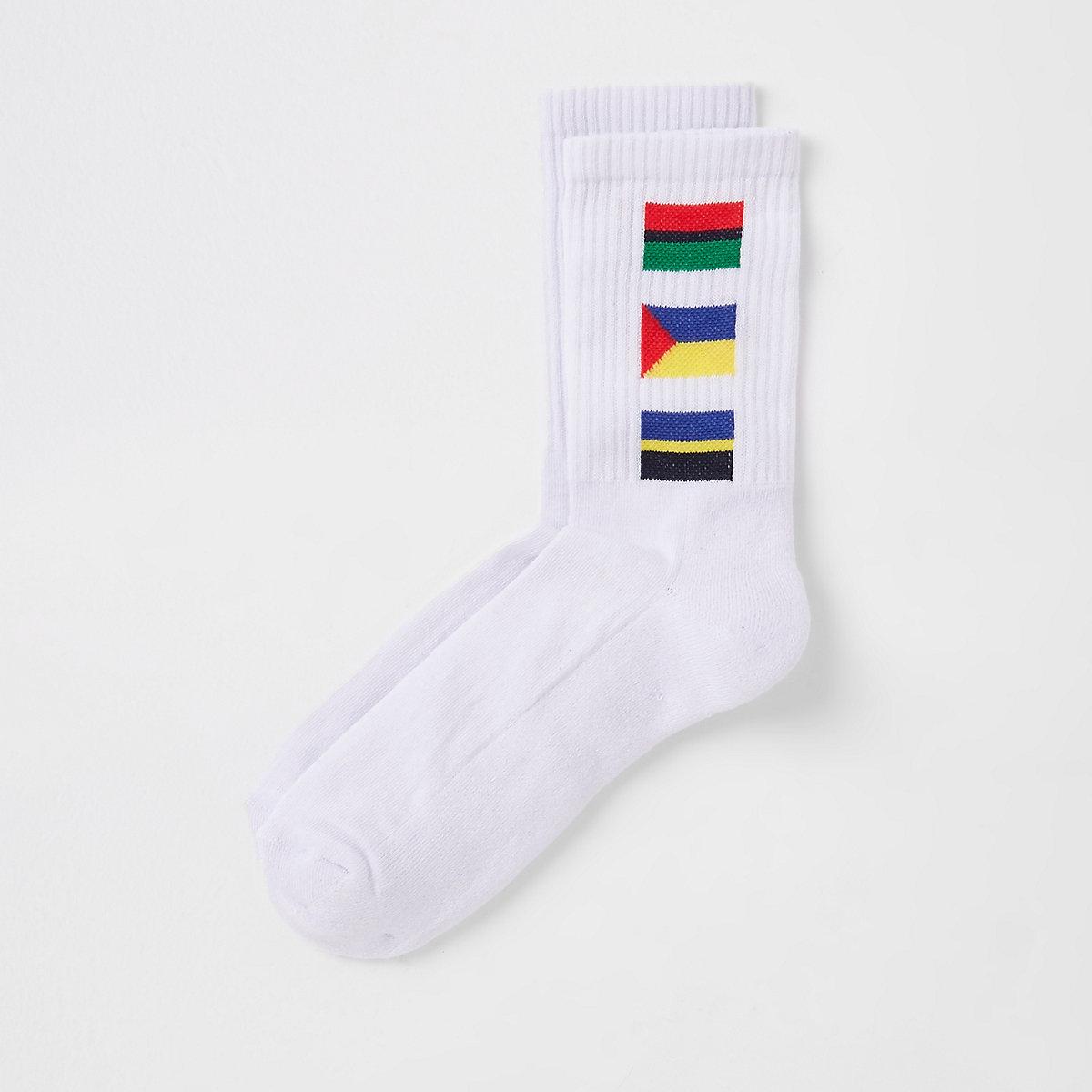 White flag print tube socks