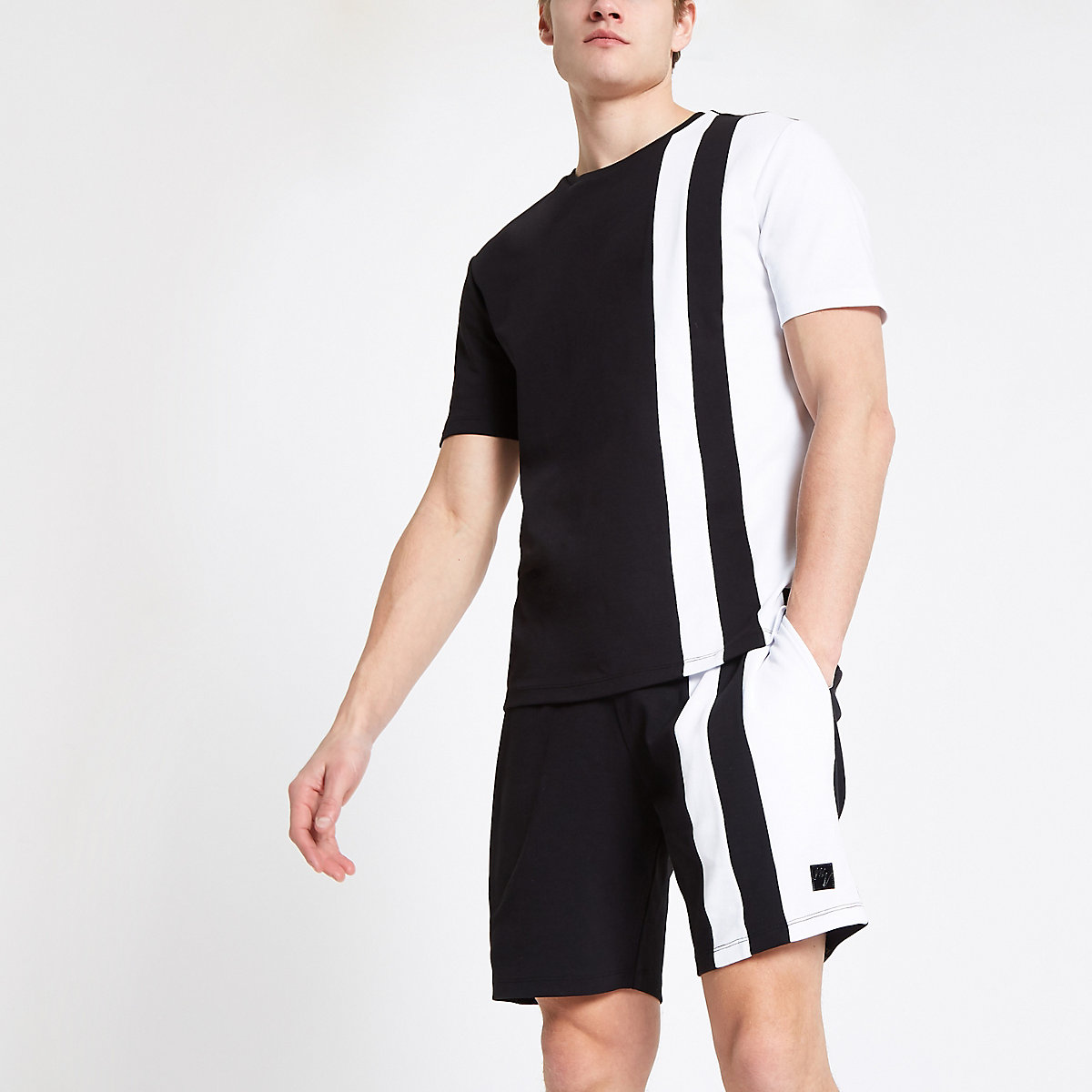 Black color block slim fit T-shirt