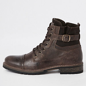 Brown leather casual lace-up boots