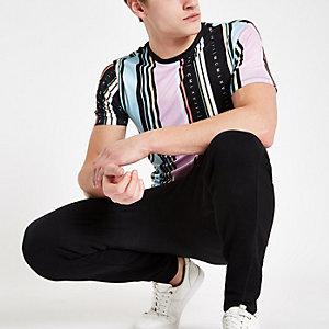 T-shirt slim noir avec rayures à imprimé « MCMXL »