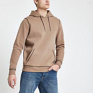 Bruine slim-fit hoodie met contrasterend stiksel