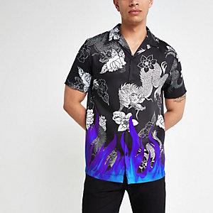 Chemise manches courtes à imprimé flammes fluorescentes noire