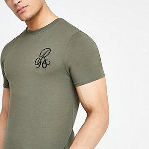 Kaki aansluitend geborduurd T-shirt met R96-print
