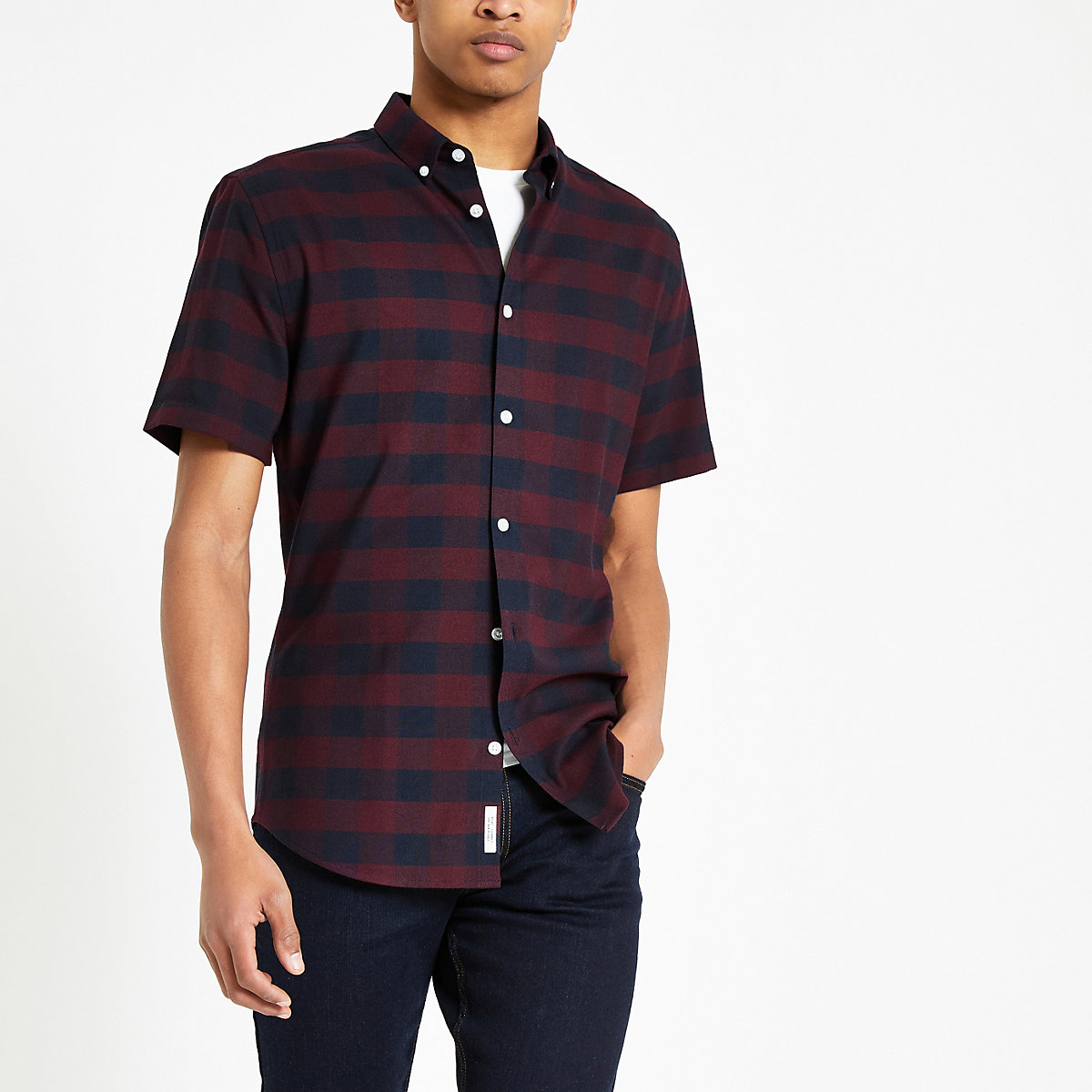 Burgundy check muscle fit short sleeve shirt