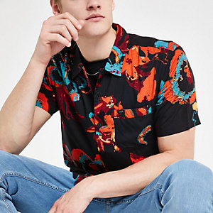 Lee black floral short sleeve shirt