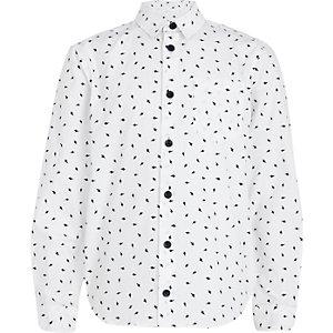 Boys white lightening bolt print shirt