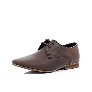 Boys brown waxy smart shoe