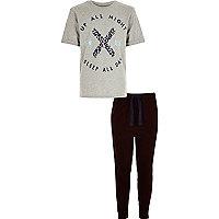 Ensemble pyjama avec bas de jogging et t-shirt gris garçon