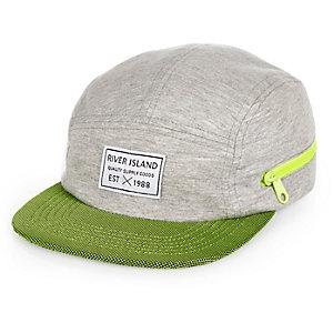 Boys grey contrast panel cap
