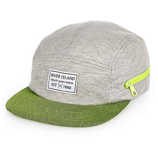 Boys grey contrast panel cap