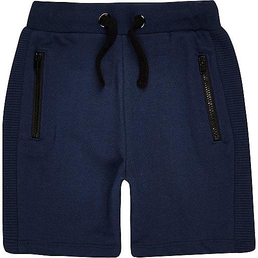 Marineblaue Shorts
