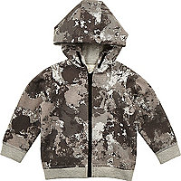 Grauer Hoodie mit Camouflage-Muster