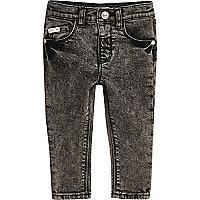 Mini boys black acid wash skinny jeans