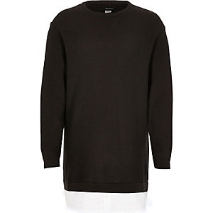 Pull en maille gris avec ourlet de chemise pour garçon