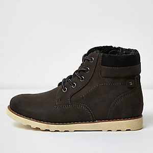 Boys grey faux fur lined boots