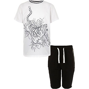 Boys white tiger print t-shirt shorts outfit