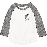 Mini boys grey raglan top