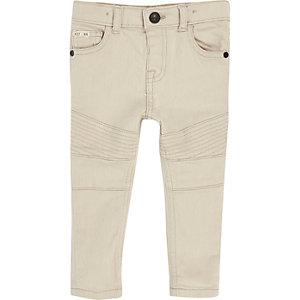 Weiße Skinny Jeans in Bikeroptik