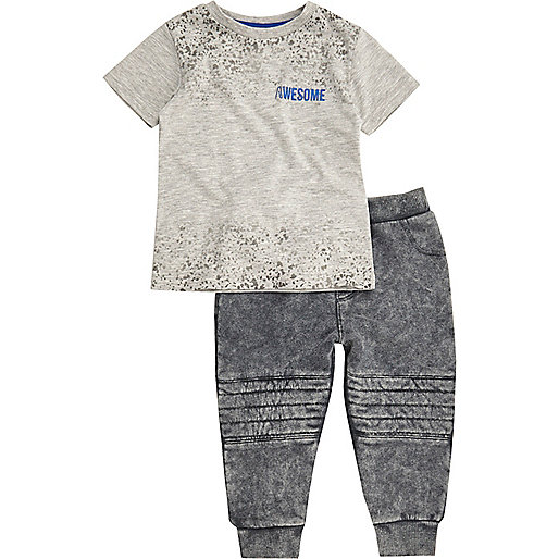Mini boys grey T-shirt and joggers outfit