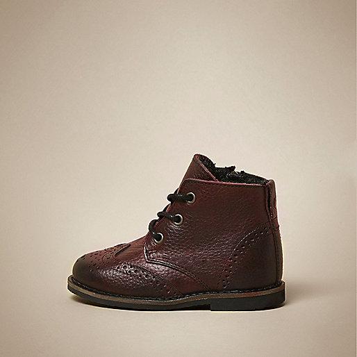 Rote Brogues-Stiefel aus Leder