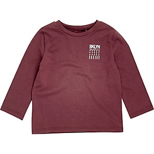 Mini boys burgundy 'Bklyn' print T-shirt