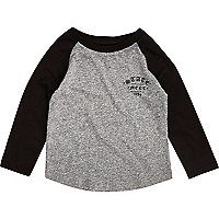 Mini boys grey raglan print T-shirt
