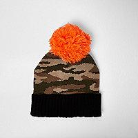 Bonnet à pompon kaki en maille motif camouflage pour garçon