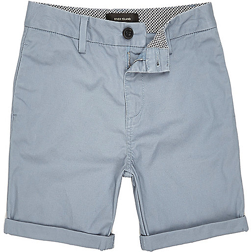 And we've got the best boys' shorts on the planet (if we do say so ourselves). Our chino or linen Stanton shorts—in a bunch of cool colors—are perfect for the playground, but still polished enough to wear for summer birthdays or lunch at Grandma's house.