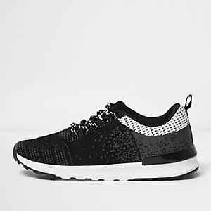 Boys black mesh runner trainers