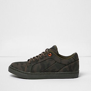 Boys khaki green camo print trainers