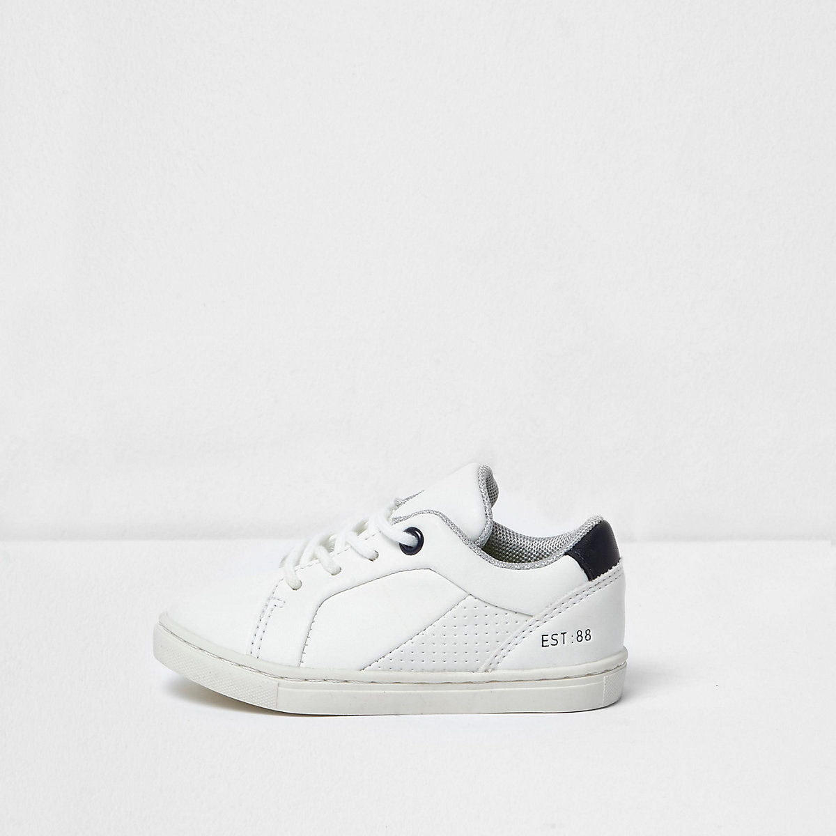Mini boys white sneakers