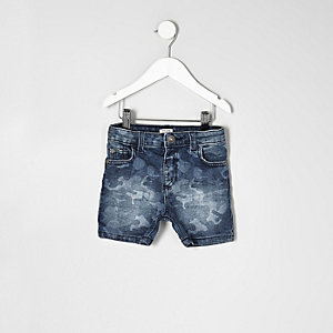 Mini boys blue camo print denim shorts