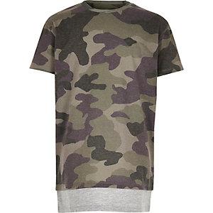 T-shirt motif camouflage kaki à ourlet contrastant