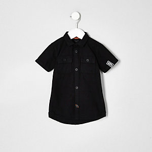 Mini boys black short sleeve badge shirt