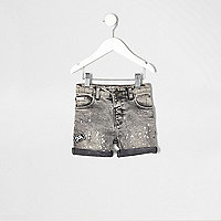 Mini boys grey badge paint denim short