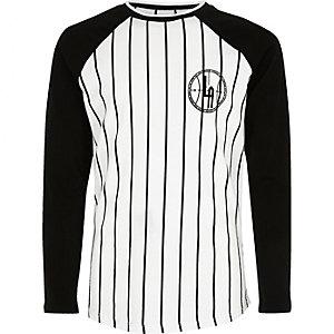 Weißes Baseball-T-Shirt mit Streifen