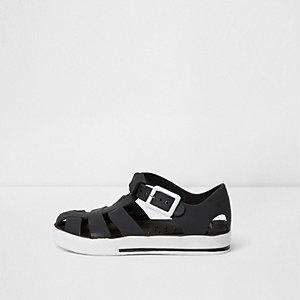 Sandales en plastique noires contrastantes mini garçon