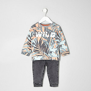 Mini boys leaf sweatshirt and joggers outfit
