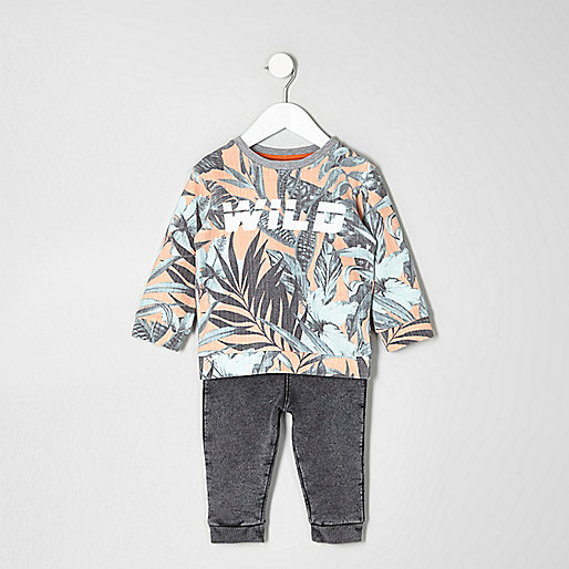 Mini boys leaf sweatshirt and joggers outfit