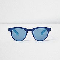 Blaue, matte Retro-Sonnenbrille