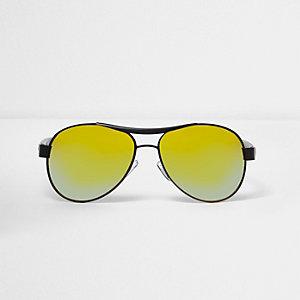 Schwarze, gummierte Pilotensonnenbrille