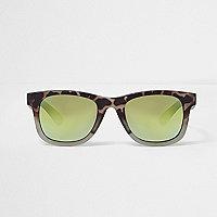 Retro-Sonnenbrille in Khaki mit Camouflage-Muster