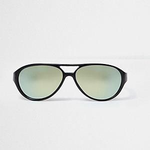 Schwarze Pilotensonnenbrille mit grünen Gläsern