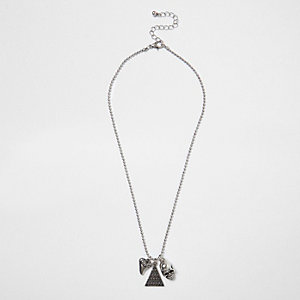 Boys silver tone skull pendant necklace