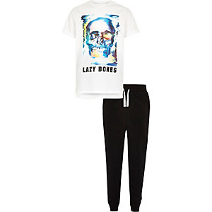 Boys white skull print pajama set